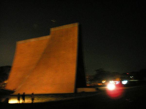 夜視拍攝教堂三
