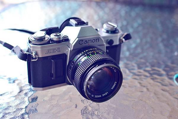同事的老相機