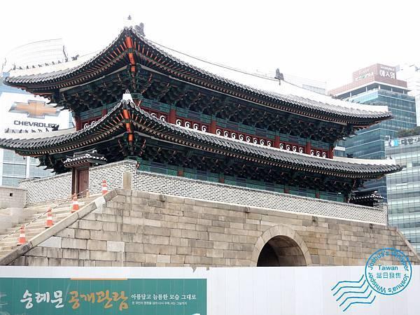 south gate-008 [1600x1200].JPG