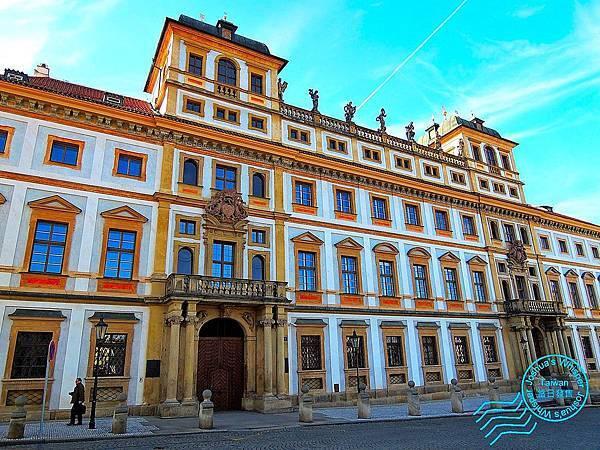 布拉格郊區-003.JPG
