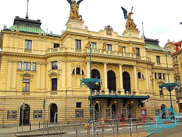 布拉格郊區-015.JPG