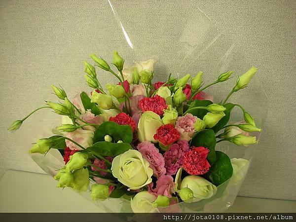 母親節花束2-1.JPG