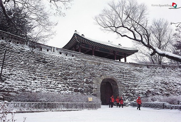 南漢山城 冬.jpg