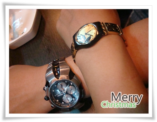 聖誕節,給自己的禮物,是Swatch的聖誕節限量錶。