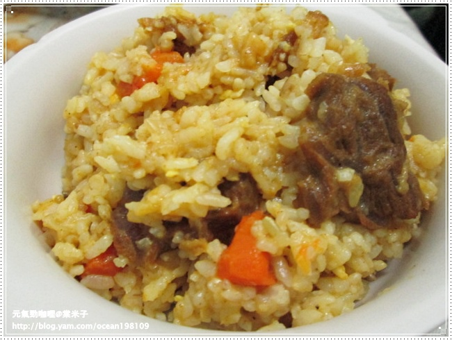 牛肉咖哩燉飯1.JPG