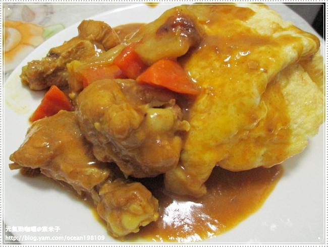 雞肉咖哩飯1.JPG