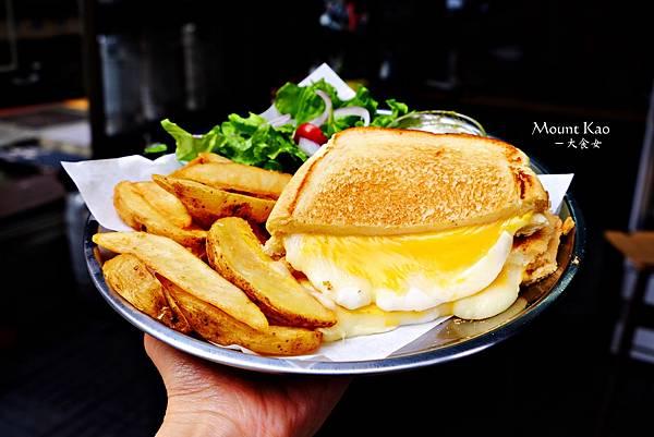 科技大樓站美食-漫高三明治