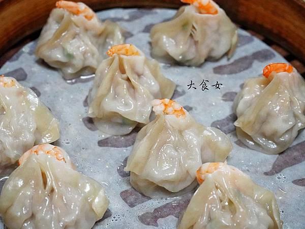 台北美食 亓家蒸餃 南京三民美食