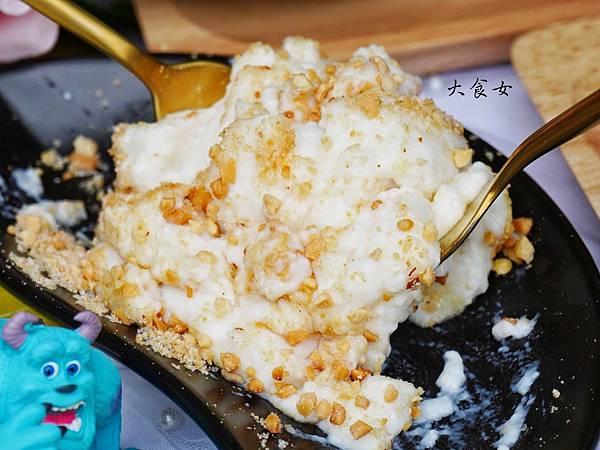 台北美食 牛奶ㄍㄡㄍㄡ牛奶蔴糬 淡水美食