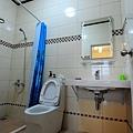 3_26_三樓 小間客房 廁所.JPG