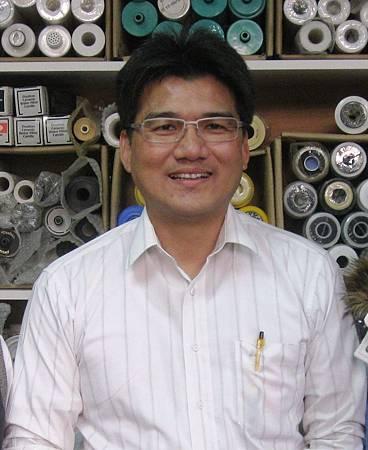 家湧泉老闆陳君豪,捐贈23台飲水機給喜樂保育院,感謝你。