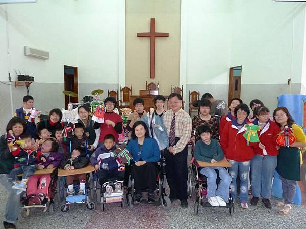 感謝東原五洲園掌中布偶劇團帶給喜樂保育院那麼棒的表演