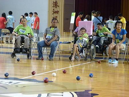 腦性麻痺組比賽