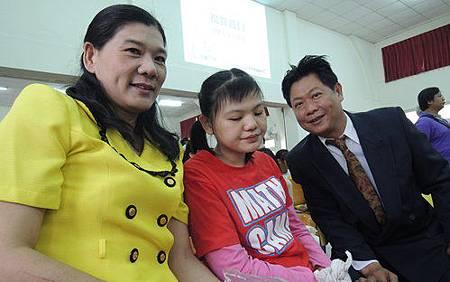 榮獲身障模範夫妻林文祥與趙美麗