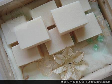珍珠美白護膚皂11.jpg
