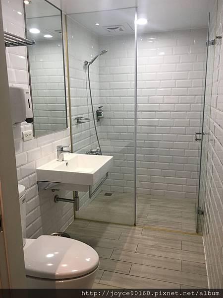 璞邸-乾溼分離的浴室