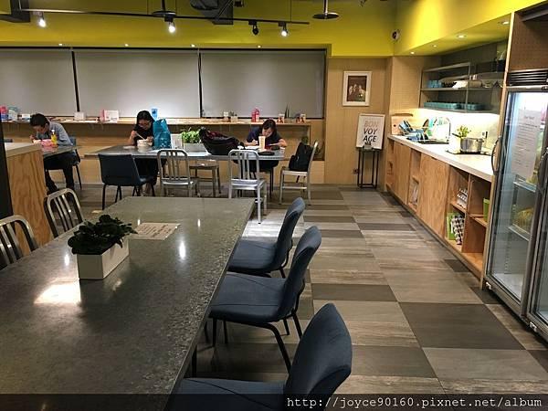 璞邸-1樓的公共空間&早餐區