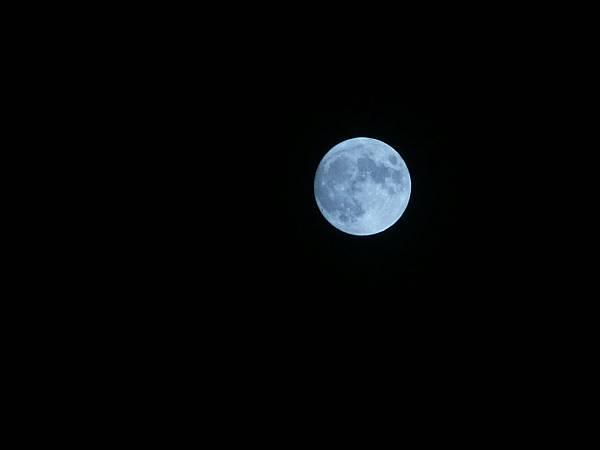 中秋月亮.jpg