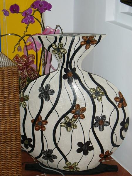 大廳一角花瓶