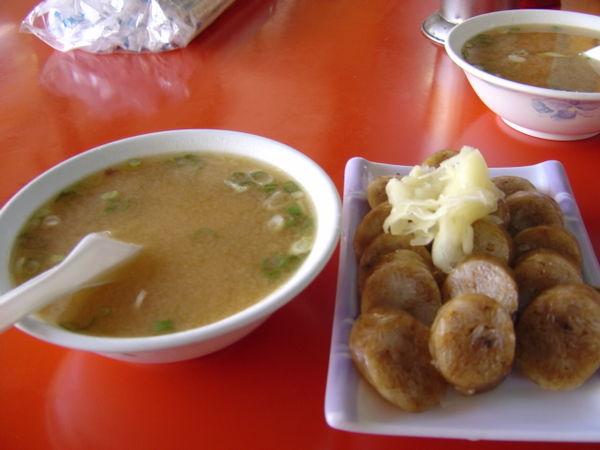 玉里市區早餐-大腸飯配味增湯