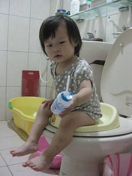 上廁所玩2 之養樂多篇