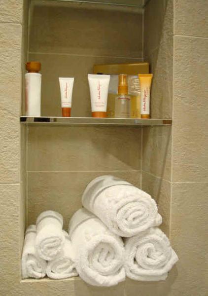 Salvatore Ferragamo的衛浴用品.jpg