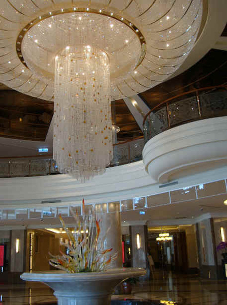 lobby大燈.jpg