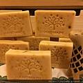金盞花母乳皂與長頸鹿