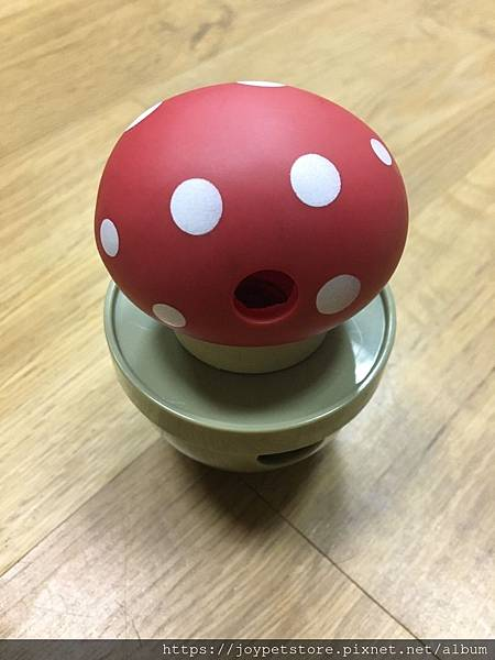 L'CHIC CA-TUMBLE不倒翁漏食玩具-紅蘑菇_200117_0048.jpg