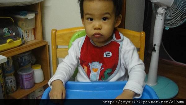 一歲5個月-3.JPG