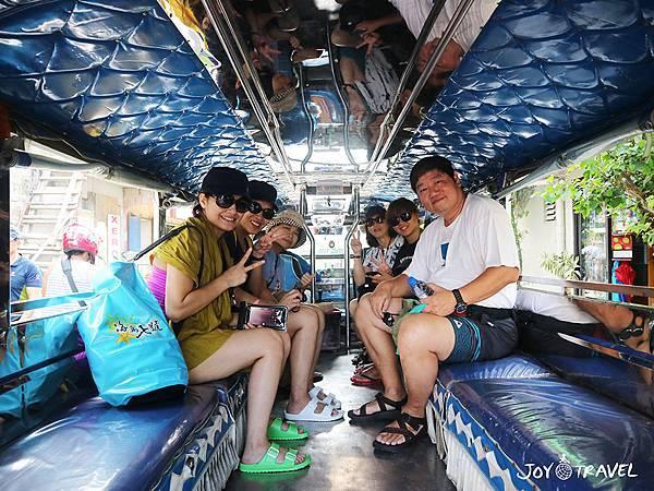 IMG_2083當地交通車Jeeplin.JPG