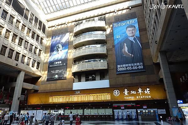 台北車站內部.JPG