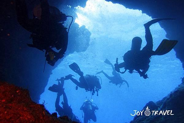 洞穴潛水.jpg