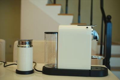 咖啡機12