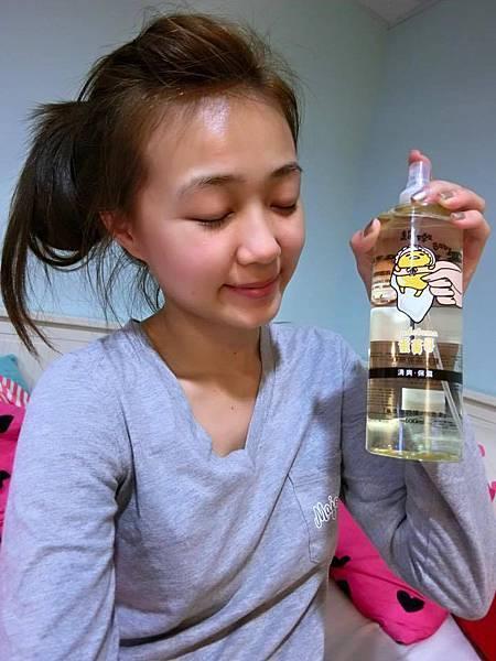 【無油卸妝水推薦】萌系保養~~卸得超乾淨的KITTY無油卸妝水+蛋黃哥膠原保濕系列