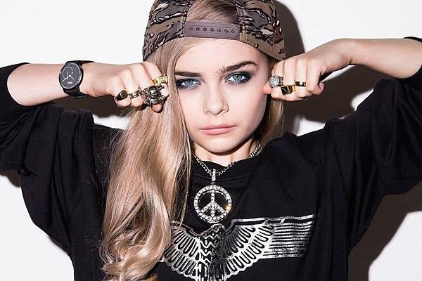 Mini-Cara-Delevingne_glamour_24feb15_pr_b_810x540