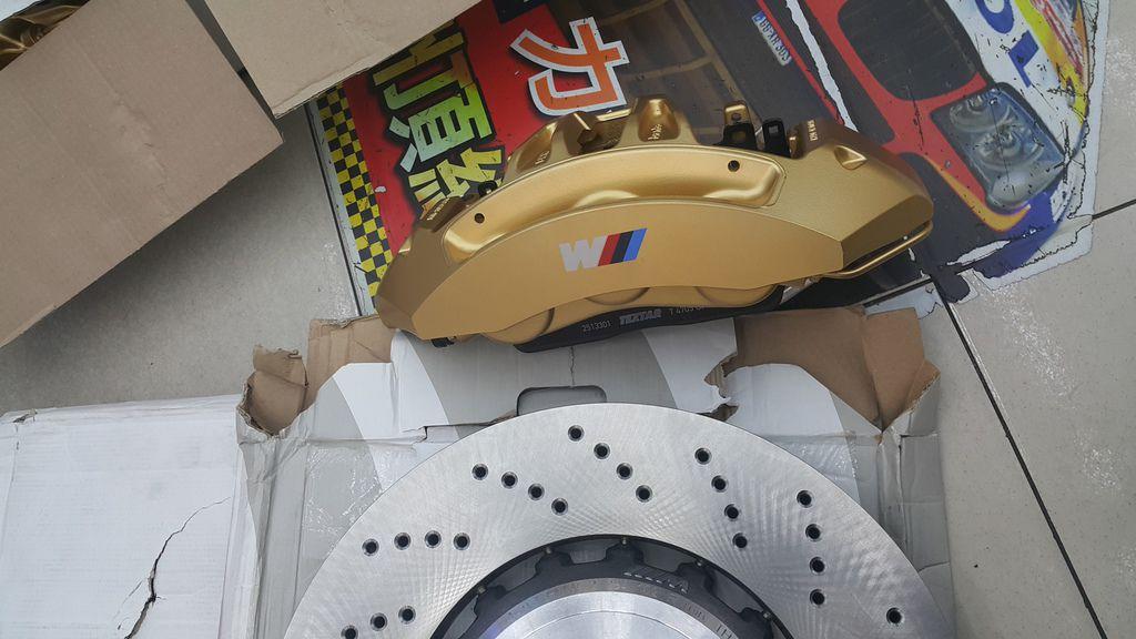 BMW M系列卡鉗和碟盤