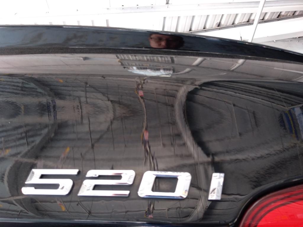 BMW 520鋁圈內唇氧化漏氣