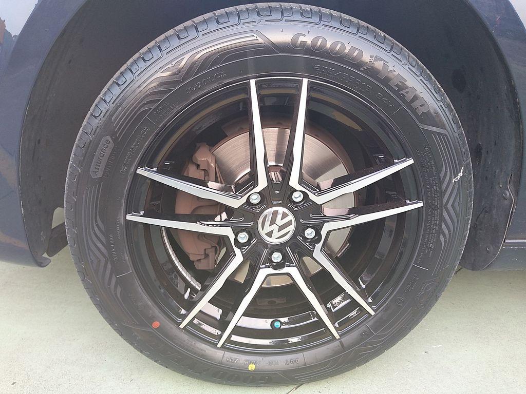 福斯土狼RSV鋁圈固特異輪胎