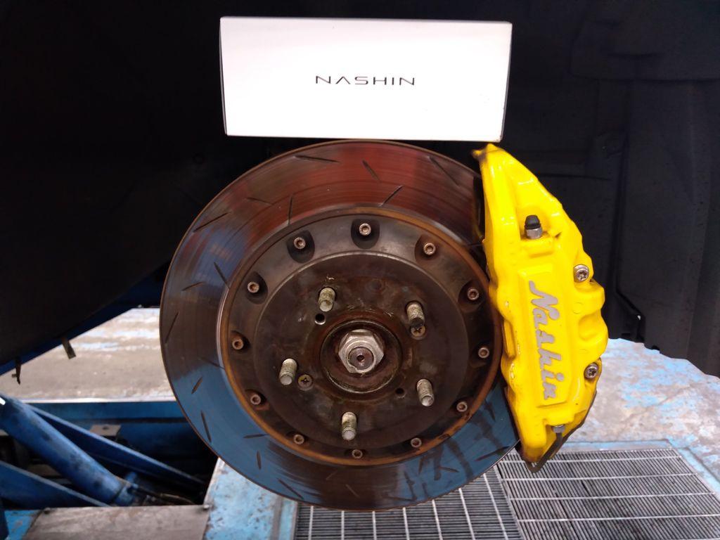 世盟四活塞卡鉗、煞車來令片、330mm碟盤