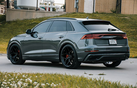 audi-q8-agluxury-wheels-agl56-monoblock-gloss-black-thumb.jpg