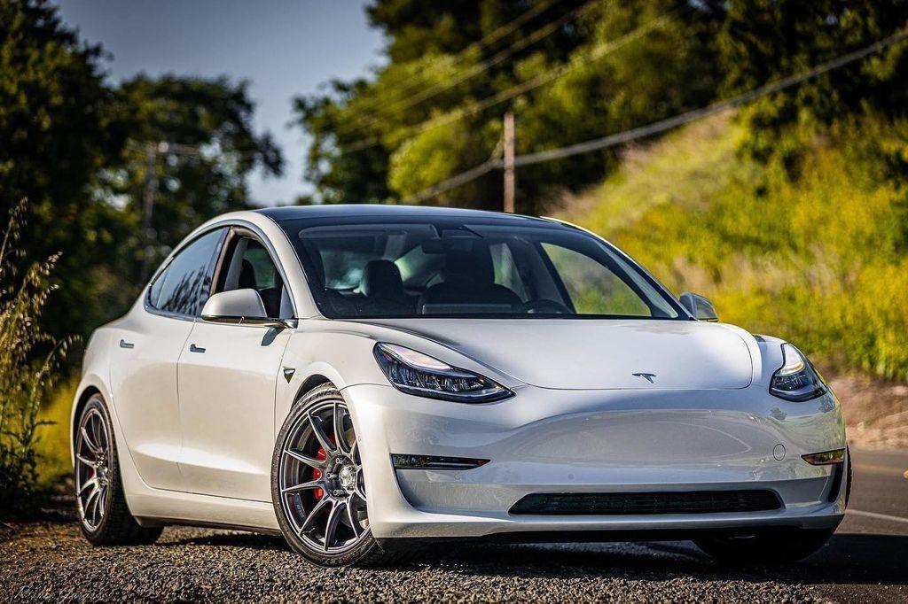 Tesla Model 3 + SSR GTX01.jpg