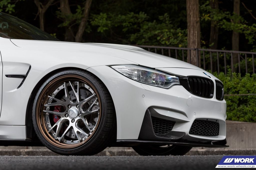 BMW M4 on WORK Gnosis CVX.jpg