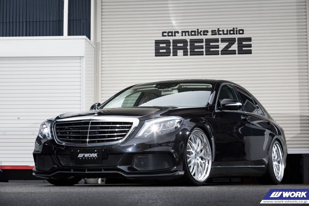 Mercedes-Benz S400 on WORK Gnosis HR201.jpg