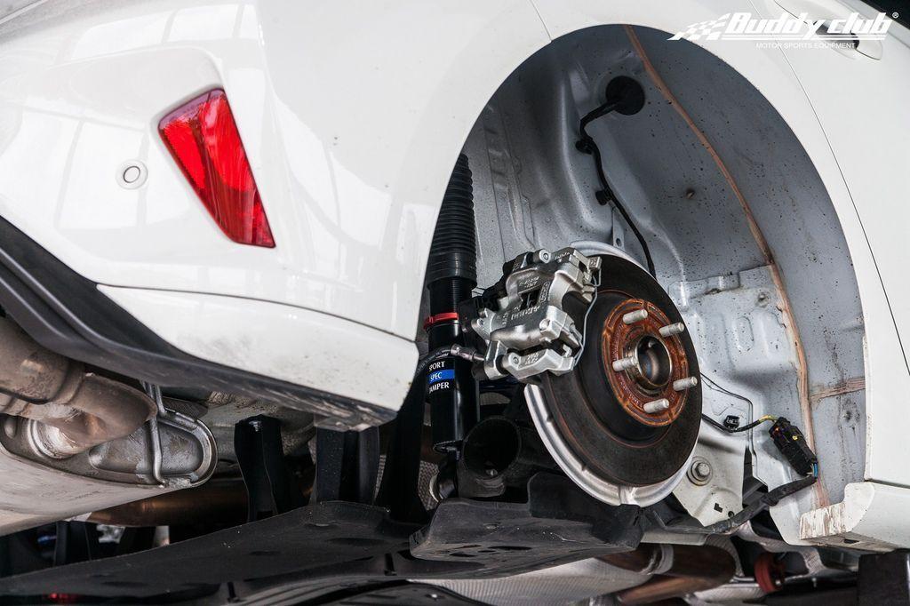 Buddy Club Sport Spec Ford Focus MK4 02.jpg