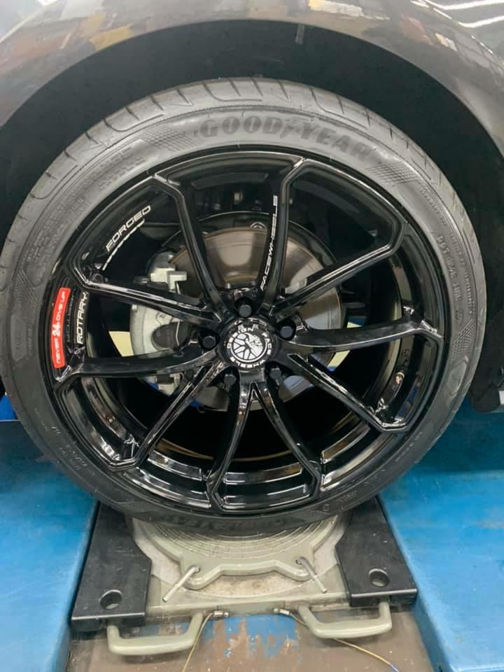 FORD福特FOCUS MK4 5門  升級旋壓臉圈FACEWHEEL  搭固特異輪胎F1A5