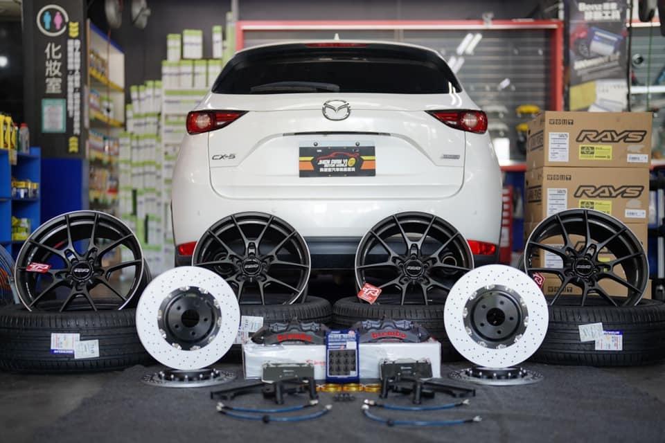 馬自達CX-5休旅車升級Brembo GT-S卡鉗套件及日本RAYS鋁圈
