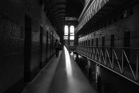 Old_Melbourne_Gaol_by_beckenslobber.jpg