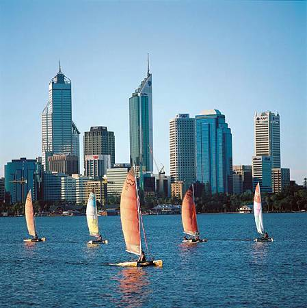 Perth-WA-and-Cats-On-Swan-River.jpg