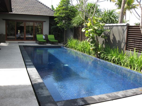 IMG_0098Villa Pool.JPG